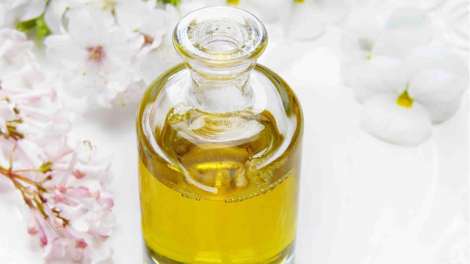 le proprietà dell'olio d'oliva