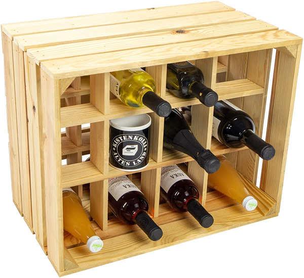 scaffale bottiglie di vino